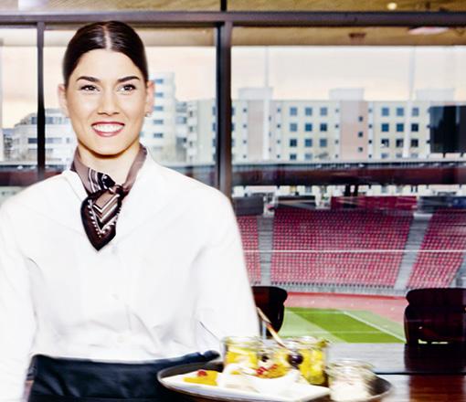 Im Restaurant Oval gibt es köstliche Speisen hoch über den Rängen des Stadion Letzigrunds.
